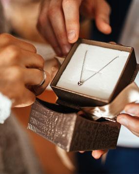 Des bijoux en cadeaux